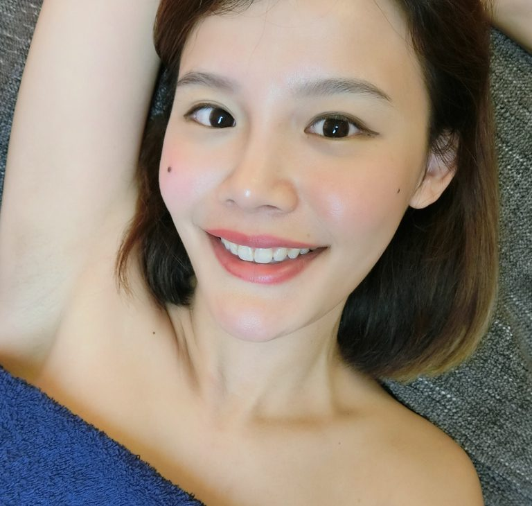 Bright and light! IPL removes all those unwanted hair and whitens the underarms, too!