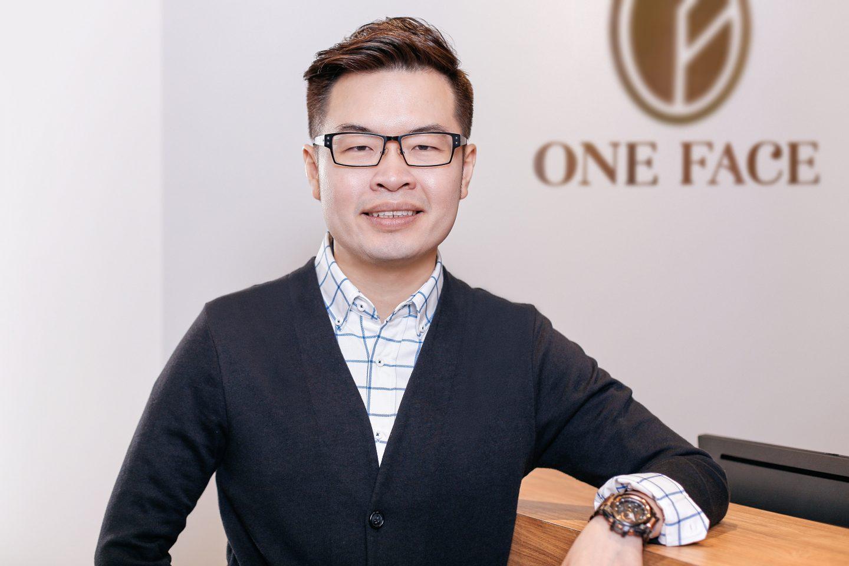 Dr David Ng C H