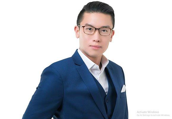 Dr Edwin Lim