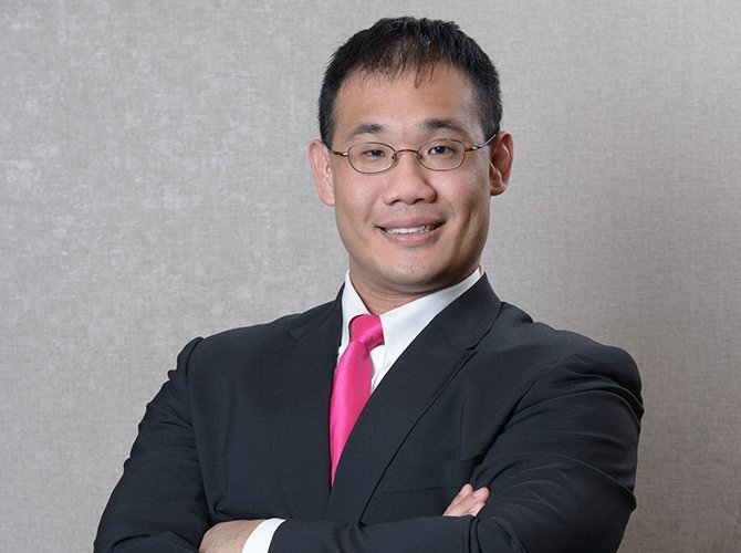 Dr Stephen Teoh