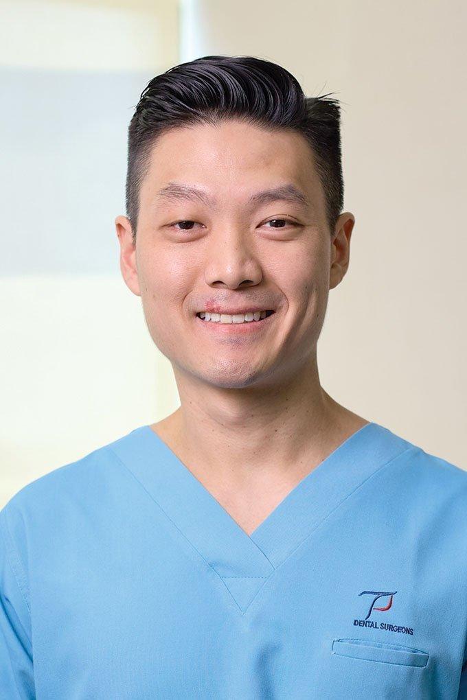 Dr Shiming, Huang