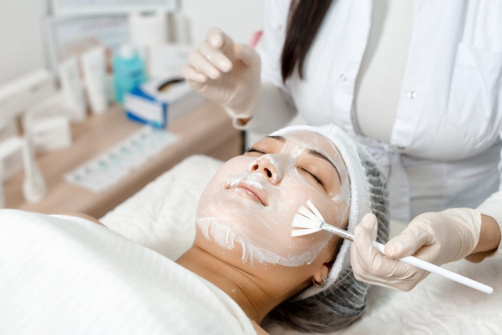 hydratation asian girl with a cosmetic mask