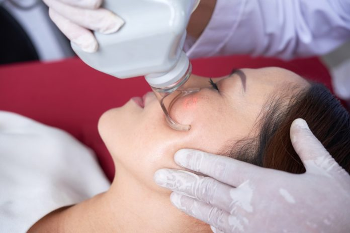 Singapore Doctor's Opinion On the Best Pore Minimizer